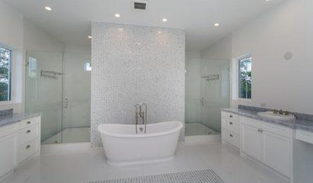 masterbathroom_700